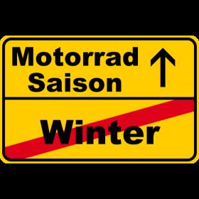 Motorradsaison vs. Winter auf dein T-Shirt