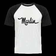 T-skjorter ~ Kortermet baseball skjorte for menn ~ Marlin script
